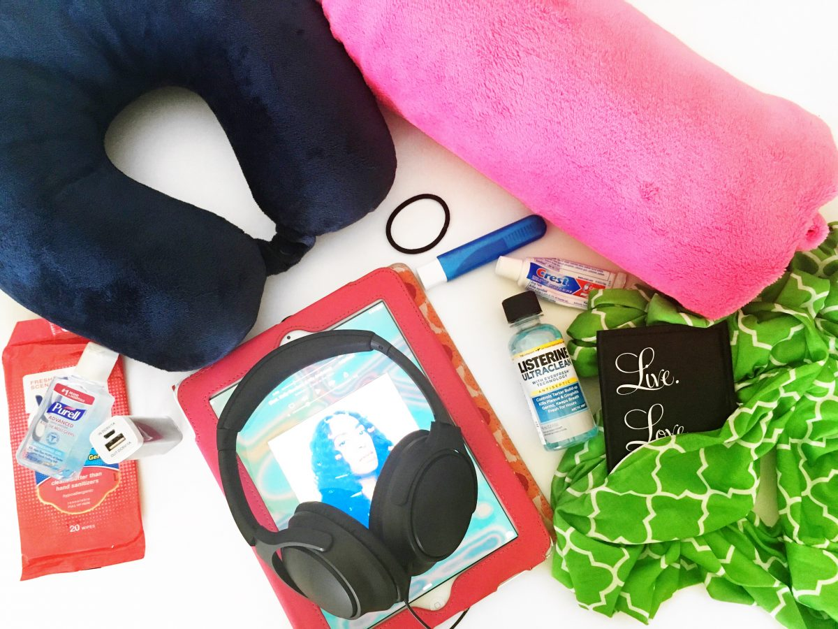 8 Essential Items for Long Flights